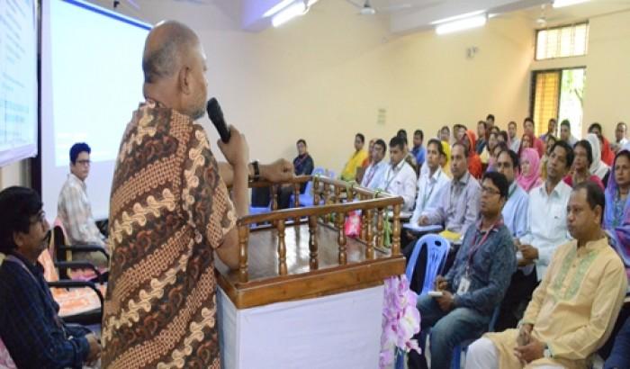 বেরোবিতে সার্ভিস রুলস বিষয়ক প্রশিক্ষণ