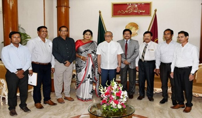 রাষ্ট্রপতির সাথে নজরুল বিশ্ববিদ্যালয় প্রতিনিধিদলের সাক্ষাৎ